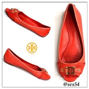 Tory Burch Clines pebble leather salon flats